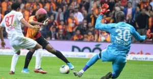 Galatasaray, Sivasspor'u Zorda Olsa Mağlup Etti
