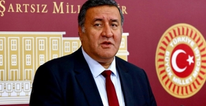 CHP'li Gürer'den 24 Kasımda Öğretmenlere Bir Maaş İkramiye Verilmesi İçin Kanun Teklifi