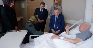 Cumhurbaşkanı Erdoğan, Eski Bakanlardan Şevket Kazan'ı Hastanede Ziyaret Etti