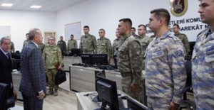 Cumhurbaşkanı Erdoğan, Şanlıurfa'daki 20 nci Zırhlı Tugay Komutanlığı'nı Ziyaret Etti