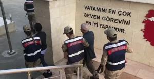 Diyarbakır'da HDP'li Meclis Üyesine 'Silahlı Terör Örgütüne Üye Olmak' Suçundan Tutuklama