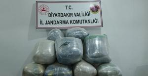 Diyarbakır'da 176 Kg Esrar  Ele Geçirildi