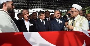 Kılıçdaroğlu, Mümtaz Soysal'ın Cenaze Törenine Katıldı