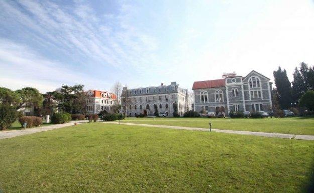 Boğaziçi Üniversitesi Lüks Kavramını Tartışacak