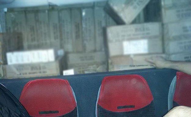 Otobüs İçine Gizlenmiş 70 Bin Paket Sigara Ele Geçirildi