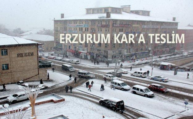 Erzurum Nisan'da Beyaza Büründü