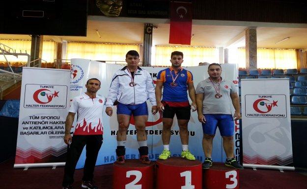 Halterde Mamak'tan Türkiye İkincisi