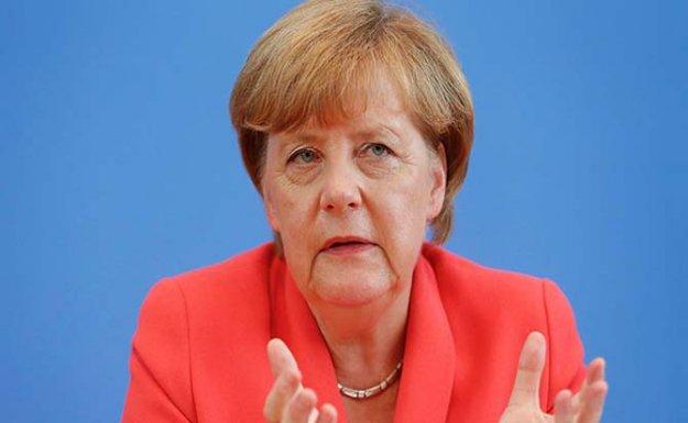 Merkel Oylamaya Katılmayacak