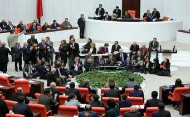 Güvenoyu görüşmelerinde CHP'nin protestosu