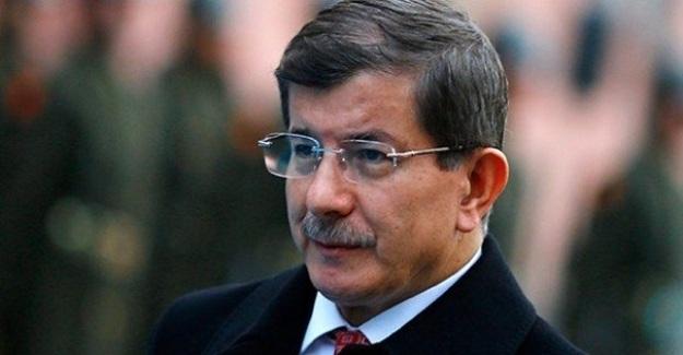 """Davutoğlu: """"Arabanın Motorunda Sorun Var Lastiği Değiştirip Çare Arıyorsunuz"""""""