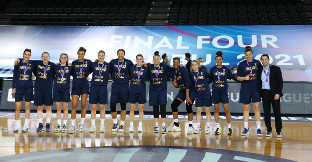 Fenerbahçe Öznur Kablo Avrupa Üçüncüsü
