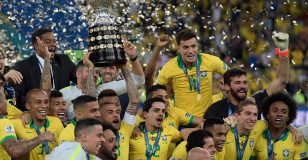 Sinovac, Copa Amerika'ya Katılacak Futbolculara 50 Bin Doz Aşı Bağışlıyor