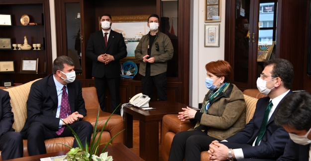 Akşener Ve İmamoğlu'ndan Kadıköy Ziyareti