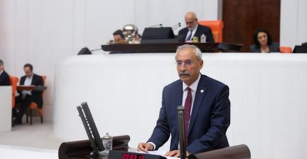 """CHP'li Kaplan: """"Eğitimciye Verilmeyen Öncelik Turistlere Verildi"""""""