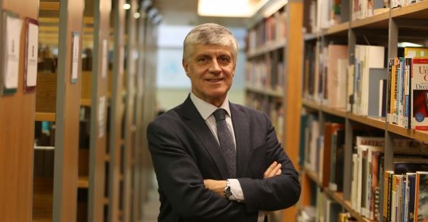 """Prof. Dr. Tayfun Uzbay: """"Yeni İlaç Alzheimer Tedavisinde Yeni Bir Sayfa Açabilir"""""""