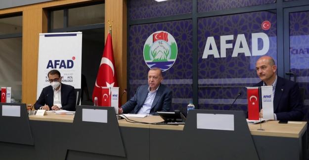 Cumhurbaşkanı Erdoğan, Rize AFAD İl Müdürlüğü'nde Düzenlenen Toplantıya Başkanlık Etti
