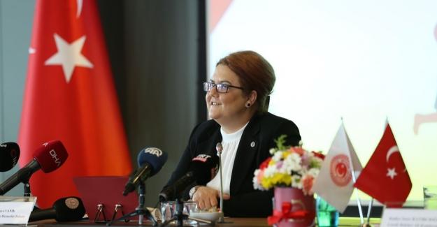 Aile Ve Sosyal Hizmetler Bakanı Yanık'tan Engelli Güreşçi Sinan Sadak'a Tebrik Telefonu
