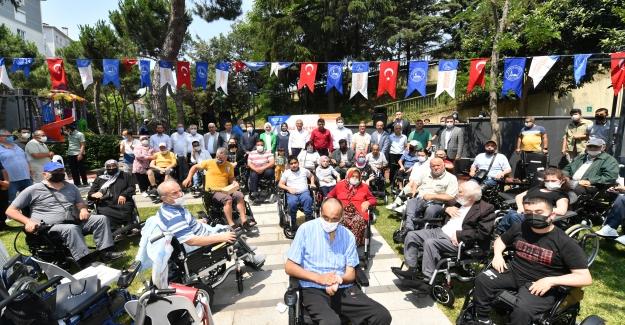 """Hilmi Türkmen: """"Akülü Araçsız Hiçbir Engelli Vatandaşımız Kalmayacak"""""""