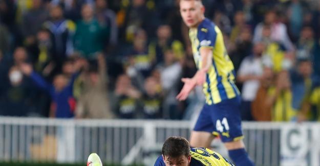 Fenerbahçe, Olympiacos'a Mağlup Oldu