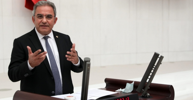 """CHP'li Budak: """"Antalyalıların Geleceğine İpotek Koymak Kimsenin Haddi Değildir"""""""