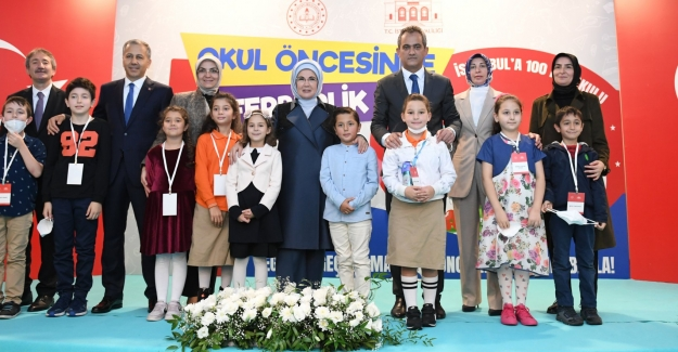 Emine Erdoğan Himayesinde İstanbul'a 100 Anaokulu Yapım Projesi