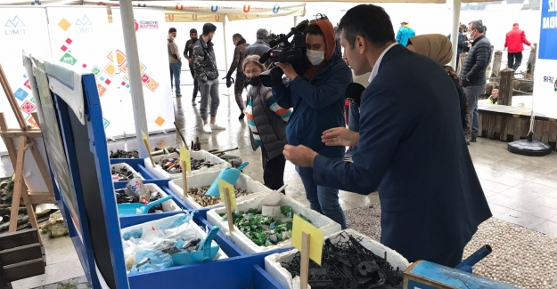 Üsküdar'da Dalgıçlar Tarafından Su Altı Temizliği Yapıldı