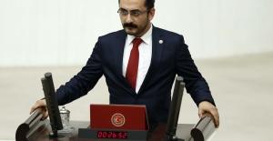 CHP'li Erdem: İktidar 'Kaçak Sağlık Hizmeti' Sunuyor