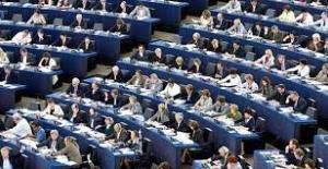 AP'den Türkiye-Europol Müzakerelerine Kıbrıs Koşulu
