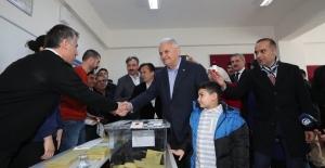 Cumhur İttifakı İstanbul Büyükşehir Belediye Başkan Adayı Yıldırım Oyunu Kullandı