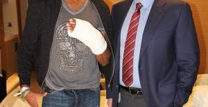 Erzurumsporlu Rashad Muhammed Acıbadem Altunizade Hastanesi'nde Ameliyat Oldu