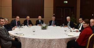Kılıçdaroğlu, Dış Politika Danışma Kurulu Toplantısına Başkanlık Etti