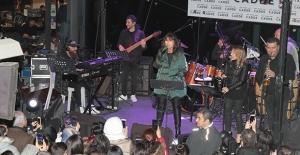 """Ayşegül Aldinç: """"Ajda Pekkan Şarkılarıyla Şarkıcı Olmaya Karar Verdim"""""""