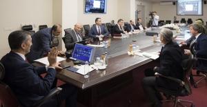 Bakan Selçuk, 81 İlin Milli Eğitim Müdürüyle Telekonferansla Toplantı Yaptı
