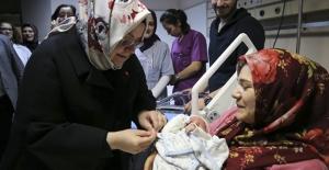 Bakan Selçuk: 89 Bin Annemize 39,4 Milyon TL Doğum Yardımı Yaptık