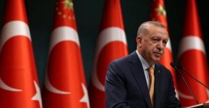 """Cumhurbaşkanı Erdoğan: """"2, 3, 4, 8 Ve 12. Sınıflarda Da Yüz Yüze Eğitimi Başlatıyoruz"""""""