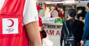 Kızılay İzmir'de Yardımlarına Devam Ediyor