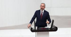 """Bakan Gül, """"Aylin Sözer'i Vahşice Katleden Caninin Hak Ettiği Cezayı Alması İçin Yargı Gerekeni Yapacaktır"""""""