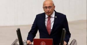 """CHP'li Çakırözer: """"Dostum Trump'ın Attığı Kazıklar Saraya Ders Olsun"""""""