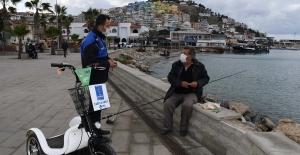 Kuşadası'nda Olta Balıkçılarına Korona Denetimi