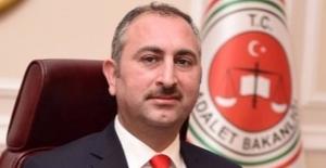 """Adalet Bakanı Gül: """"e-Duruşmayı Ülke Genelinde Yaygınlaştıracağız"""""""
