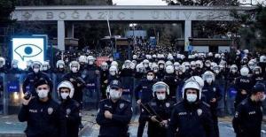 """""""Boğaziçili Olmayan, Terörle İltisaklı İllegal Gruplara, İzin Vermeyen Türk Polisi, Doğru Yapmıştır"""""""