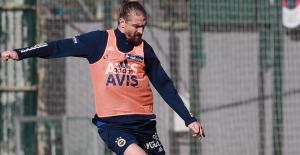 Fenerbahçe'de Caner Erkin Cezalı Duruma Düştü