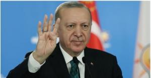 """""""Demokrasimize Sahip Çıkarak Türkiye'yi Dünyanın En Büyük 10 Ülkesi Arasına Sokmakta Kararlıyız"""""""
