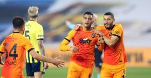 Galatasaray, Kadıköy'de Kazanmaya Alıştı