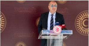 İYİ Parti İstanbul Milletvekili Ümit Özdağ Partisinden İstifa Etti