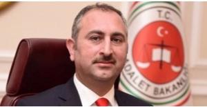Adalet Bakanı Abdülhamit Gül'ün Annesi Vefat Etti
