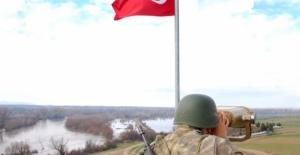 Yunanistan'a Kaçmaya Çalışan  4'ü FETÖ, 1'i PKK Terör Örgütü Mensubu 10 Şahıs Yakalandı