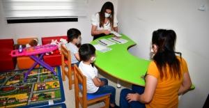 """Çukurova Belediyesi """"Oyun Terapisi"""" İle Çocuklara Dokunuyor"""