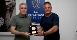 """Kuşadası Belediye Başkan Yardımcısı Turan: """"Kuşadası, Sporcu Dostu Bir Kent Olarak Ön Plana Çıkıyor"""""""