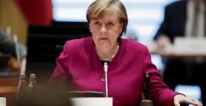 Merkel: Çin İle Zıtlaşarak Uluslararası Meseleleri Çözemeyiz